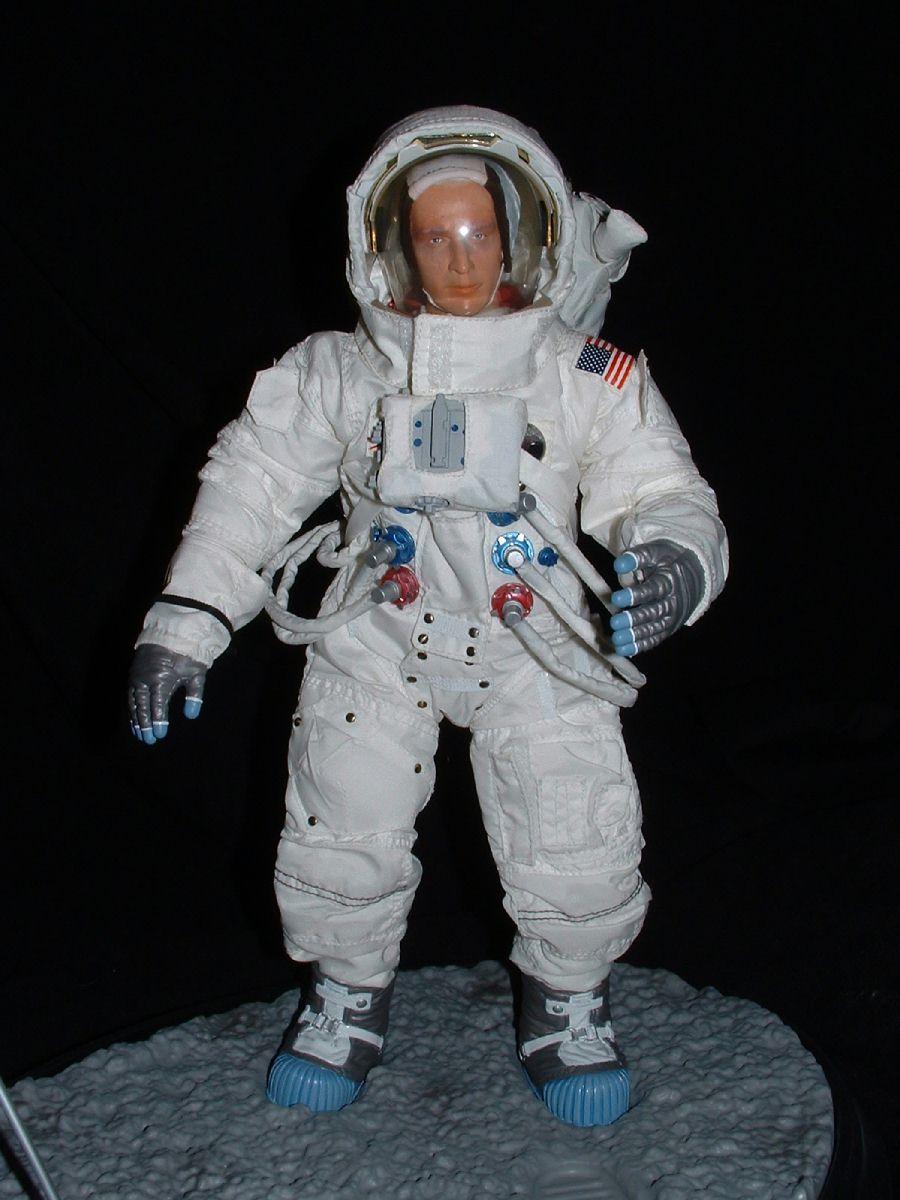buck  l u0026 39 astronaute