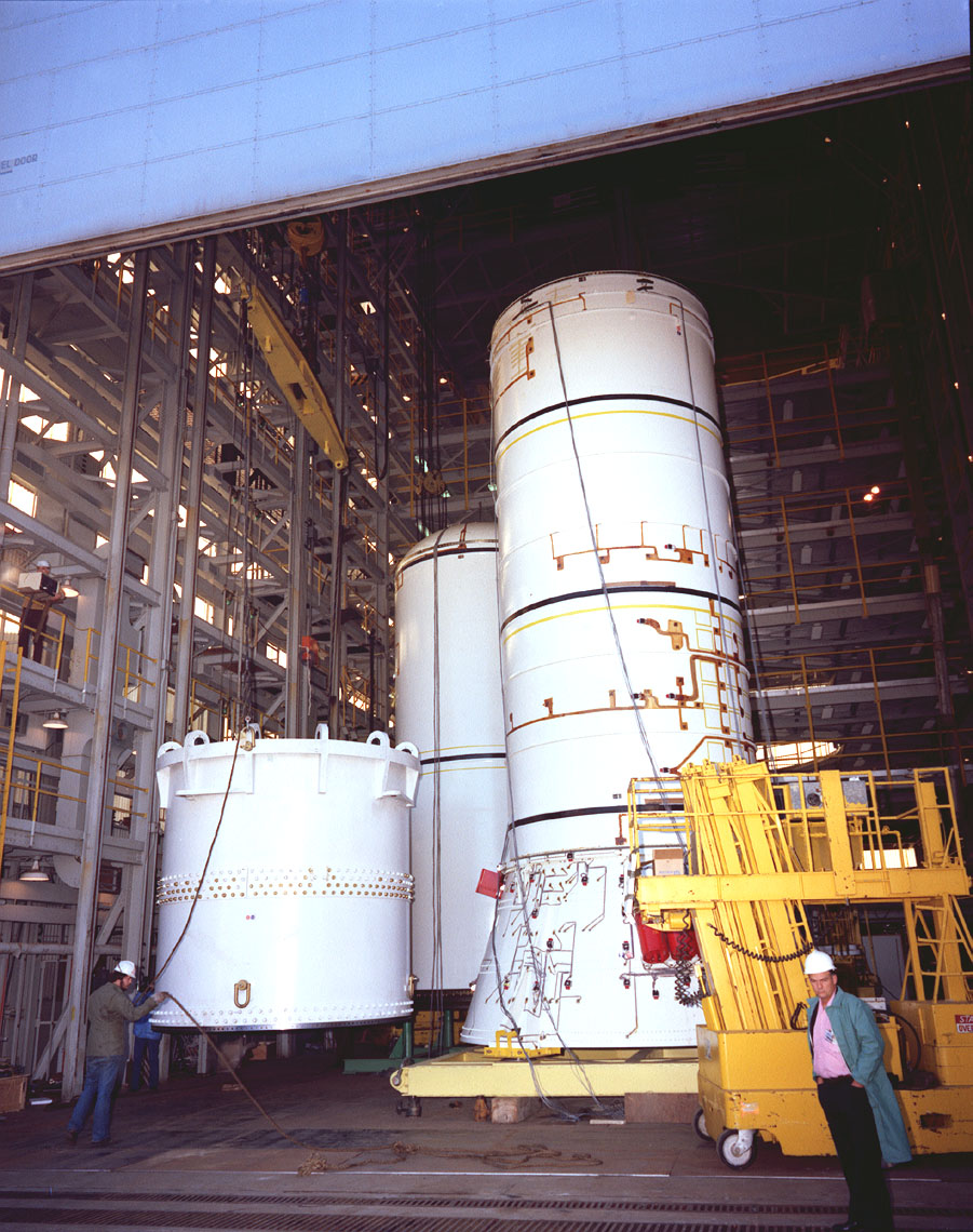 stacking space shuttle srb -#main