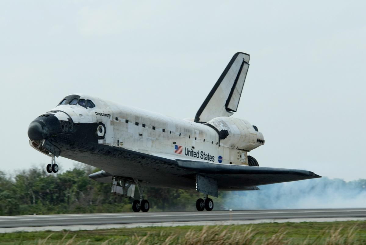 space shuttle habitable volume - photo #4